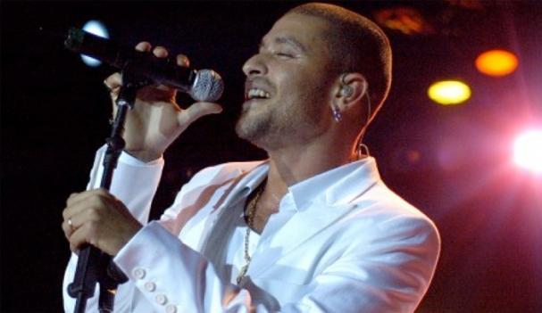 Rising Brazilian samba star Diogo Nogueira plays at Arlington's Artisphere tonight.