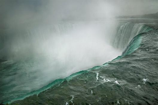 Niagara Falls, Ontario, Canada, 2009,  © Annie Leibovitz
