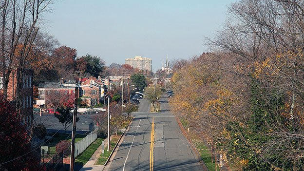 Alexandria officials want to push cyclists from Union Street to Royal Street.