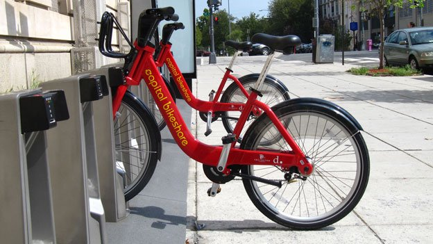 Capital Bikeshare docks are a boon for businesses in the immediate vicinity, a survey finds.