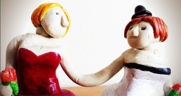 A wedding cake topper shows a lesbian couple in a happier time, but what happens when they want to split up?