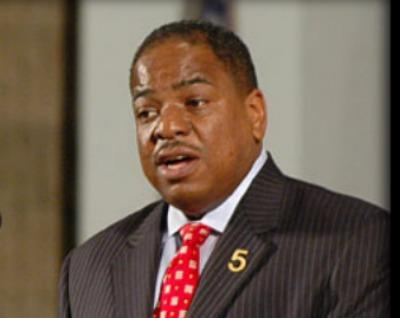 At-large D.C. Council member Vincent Orange is proposing a pay hike for council members.