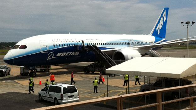 "Boeing's new 787 Dreamliner jet airliner at National Airport as part of the ""Dream Tour."""