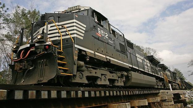 Norfolk Southern Railroad is seeking to increase its liquid ethanol distribution.