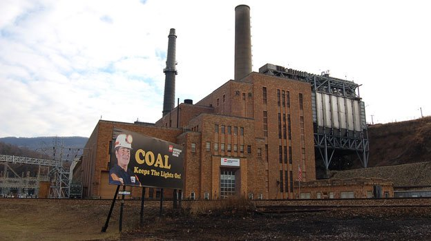 Existing coal power plants like this one are not subject to carbon dioxide limits, affecting new plants instead.