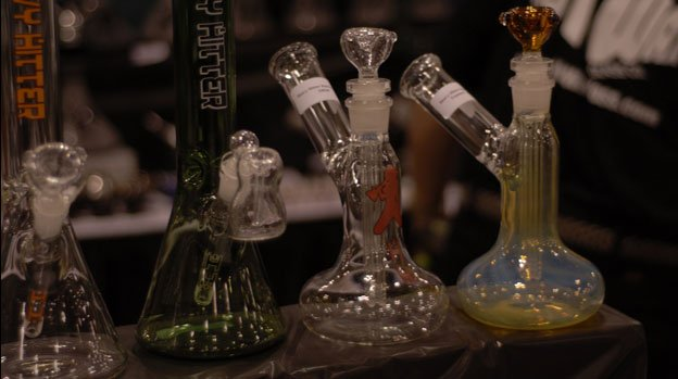 Paraphernalia like water pipes are still illegal under Maryland law.