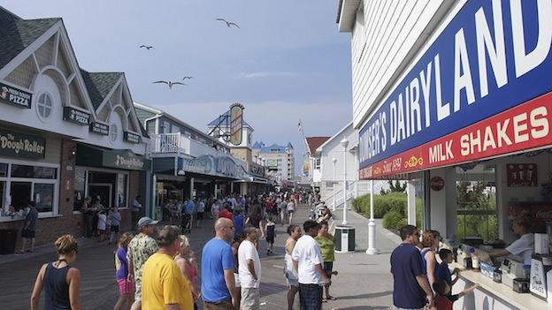 A lawmaker has proposed a bill to enforce a dress code on Ocean City's boardwalk.