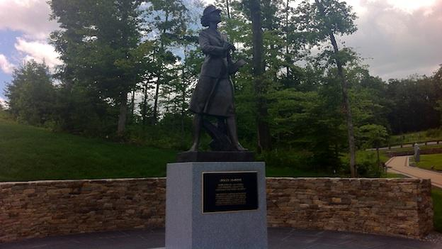 The National Museum of the Marine Corps received a life-sized monument to honor the service of women in the military.