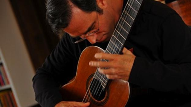 Charles Mokotoff spent years hiding his deafness, as he performed and taught classical guitar.