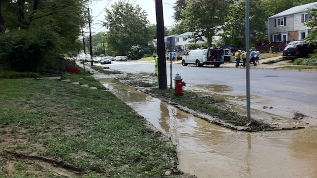 Fairfax County residents asking city leaders to do something about the reoccuring flood issues in their neighborhood.