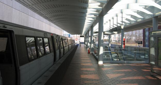 Metro is experiencing delays on the Red line this morning.