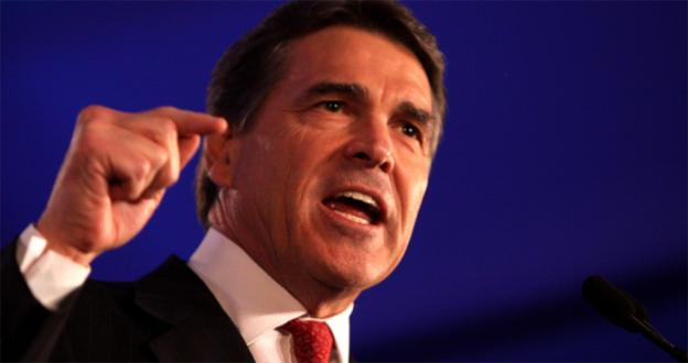 Former Texas Governor and GOP Presidential Candidate Rick Perry is walking a tight line between conservative immigration policies and Republican hispanic voters.