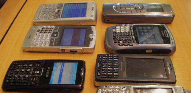 After attending a crime briefing with D.C. Police, Councilmember Tommy Wells wants to crack down on second-hand cell phone sales.