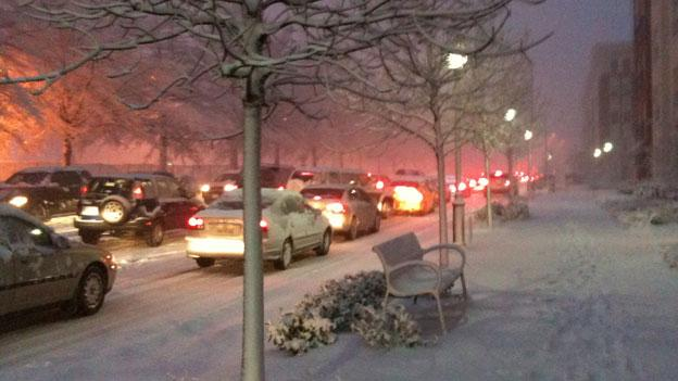 The onset of snow in the middle of a workday has in the past led to hours of gridlock traffic for commuters in the D.C. area.