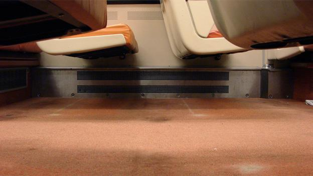 No more carpet in Metro trains.