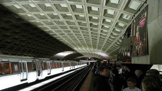 Metro's spring break is over. Expect delays this weekend.