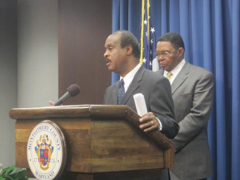 Montgomery County executive Isiah Leggett speaks with reporters about the failure of traffic signals during rush hour.