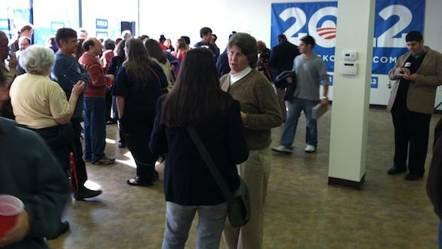 Volunteers for Obama's 2012 presidential campaign kick off the battle for votes this weekend.