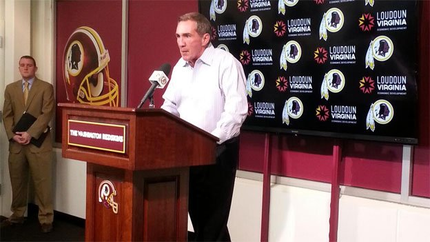 Washington Redskins head coach Mike Shanahan addresses the media at his final press conference with the team, Monday Dec. 30, 2013.