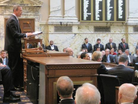 Maryland Governor Martin O'Malley gives his State of the State address to a joint meeting of the general assembly at the Maryland state house in Annapolis.