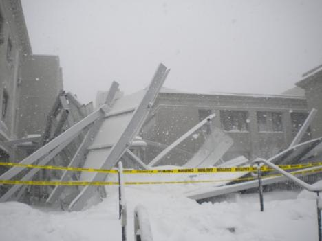 A canopy between two buildings collapsed this morning at American University in Washington, D.C.