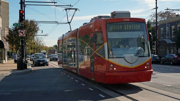 Multiple mayors have made promises on the start of passenger service on the D.C. streetcar — only to see those promised start-dates delayed.