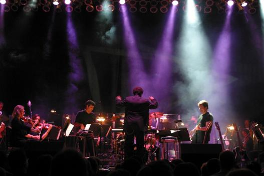 The Baltimore Symphony Orchestra riffs on Led Zepplin August 2nd, 2008 at the Pier Six Pavilion, bringing orchestral power to Zeppelin's hit songs.