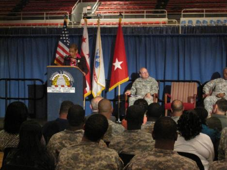Congresswoman Eleanor Holmes Norton thanks members of the Army National Guard's 547th Transportation Company for their service in Operation Iraqi Freedom.