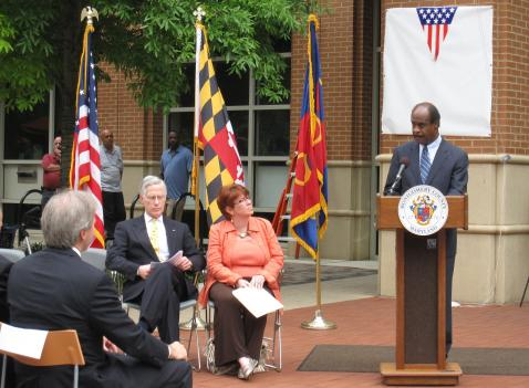 County Executive Isiah Leggett, a veteran from the Vietnam War, honors fallen soldiers during the Rockville Library renaming ceremony.
