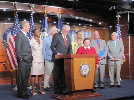 The D.C. area's Congressional delegation met to discuss the findings of the National Transportation Safety Board after its year-long investigation into Metro.
