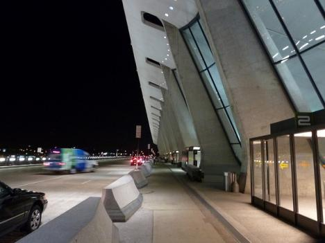 The Metropolitan Washington Airports Authority has decided to place a Metro station at Dulles Airport above ground, rather than below.