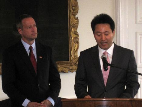 Maryland Gov. Martin O'Malley (left) and Mayor Oh Se-hoon of Seoul, South Korea, met at the Statehouse in Annapolis Thursday.