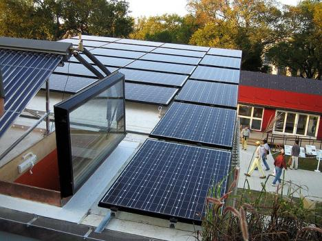 D.C.'s solar industry wants the D.C. Council to step in and improve incentives for its potential customers.