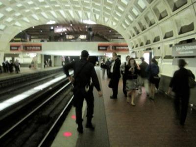 Metro rail weekend wait times won't increase under the Metro budget approved by the Finance Committee June 9.