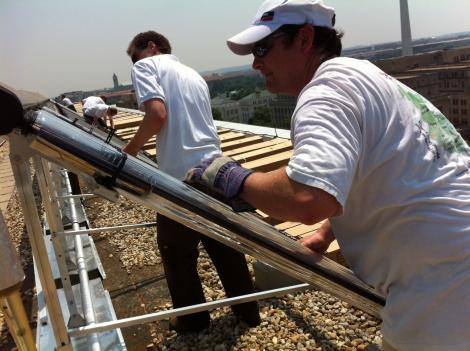 Mike Healy of Skyline Innovations installs a new solar thermal system at George Washington University.