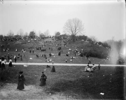 Easter Monday at the National Zoo, circa 1900s.