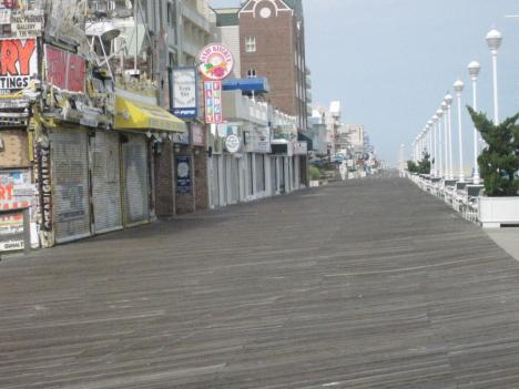 Ocean City officials asked all residents to evacuate the coast by 5 p.m. Friday, but a few hundred people are choosing to stay put.