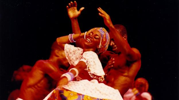 When Balé Folclórico da Bahia performs, Bahian culture hits the stage in an explosion of music, dance and color.