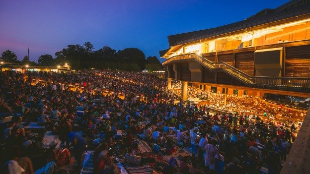 Who says Google Glass, tablets and smart phones don't mix? Not Wolf Trap.
