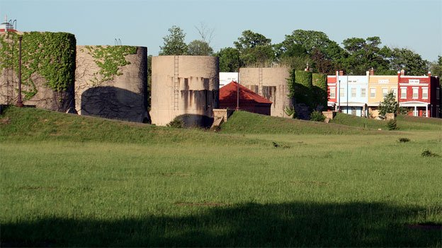 There are competing visions for what should be done with the McMillan sand filtration site in Northwest D.C.