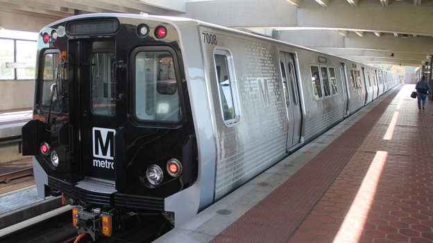 The schedule to replace 1000- and 4000-series Metro cars is still 2-3 years, whoever sits in the GM seat.