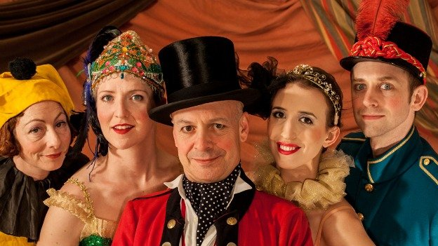 IMPOSSIBLE! A Happenstance Circus relies on imagination to take audiences on a whimsical tour of classic sideshow acts.