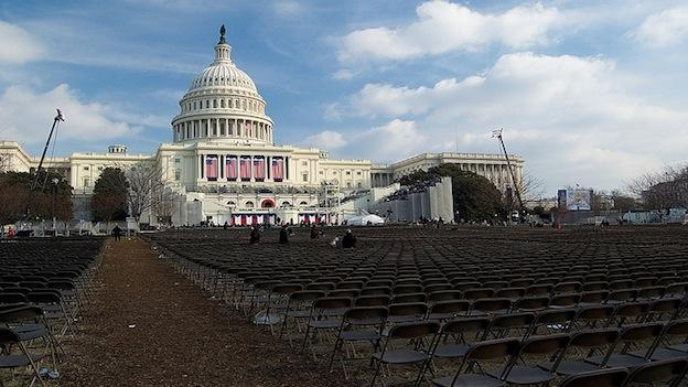Crews prepare for the presidential inauguration of Barack Obama in Washington, D.C. 2009.