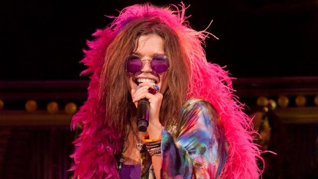 Mary Bridget Davies convincingly stars as the Queen of Rock 'n' Roll in One Night With Janis Joplin at Arena Stage.