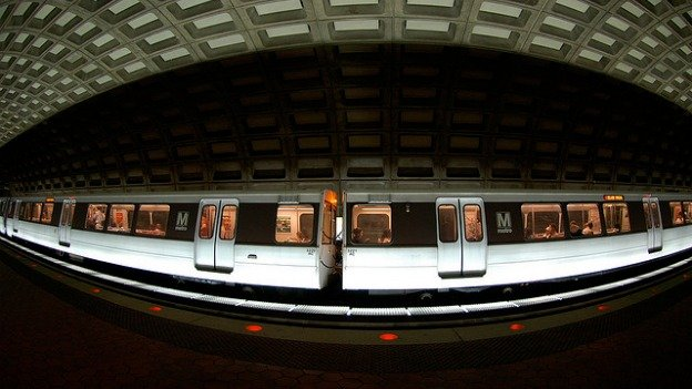 The $75 million would help ensure that Metro can run more eight-car trains.