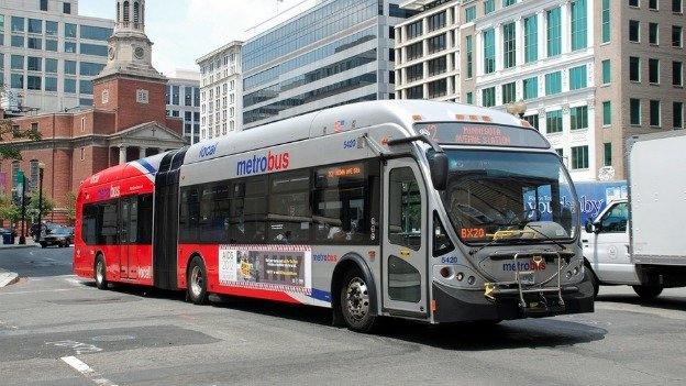 Metro's 60-foot-long articulated buses offer 55 percent more seats than standard 40-foot buses.