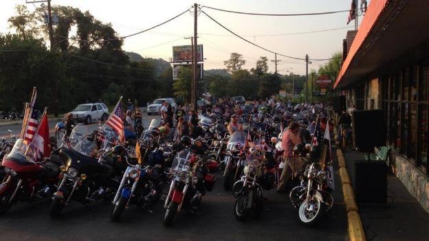Motorcycles outside a Harley Davidson dealer in Ft. Washington, MD.
