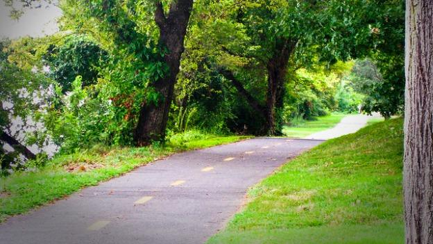 The Mt. Vernon Trail is still accessible, but it's technically closed due to the federal government shutdown.