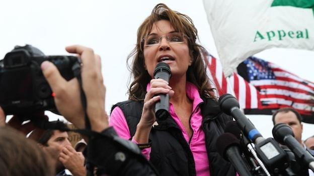 Sarah Palin and other Tea Party favorites joined military veterans at the World War II Memorial.