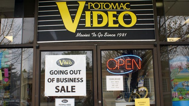The owners of Potomac Video are finally waving the white flag in the fight against streaming video.